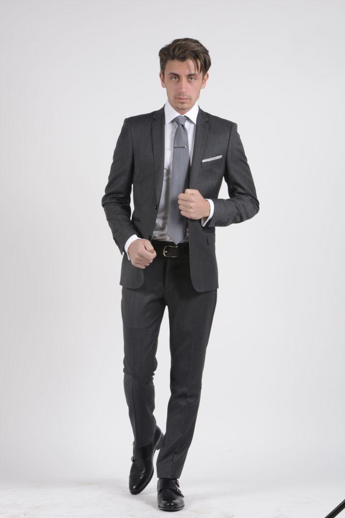 Invité à un mariage : quelle tenue porter ? - image 01272-e1490609297796-683x1024 on http://gianniferrucci-tlse.fr