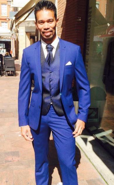 cbaba3a108139 Mariage en costume bleu, gilet et lavallière - Gianni Ferrucci