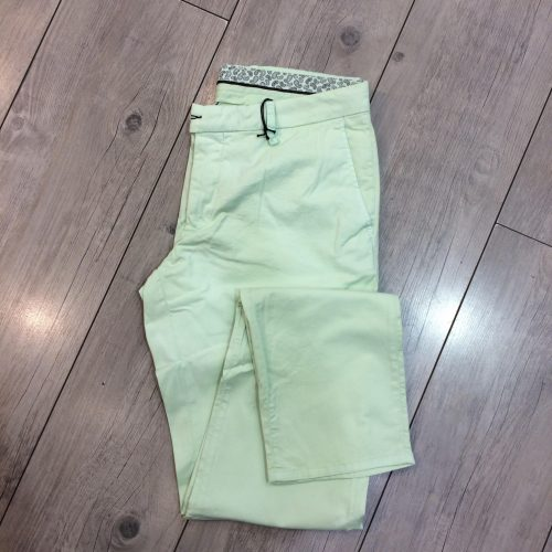 Pantalon chino homme - image chino-vert-500x500 on https://gianniferrucci-tlse.fr