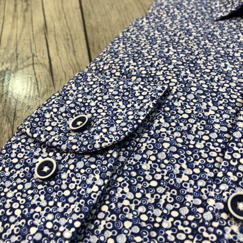 Chemise bleu ciel imprimée - image chemise-bleue-bulle2-500x500 on https://gianniferrucci-tlse.fr