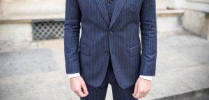 Quelles sont les règles à respecter lorsque l'on porte un costume? - image choisir-manche-veste-longueur-300x144 on https://gianniferrucci-tlse.fr
