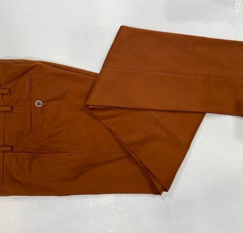 Pantalon en velours côtelé marron - image thumbnail_IMG_1119-500x480 on https://gianniferrucci-tlse.fr