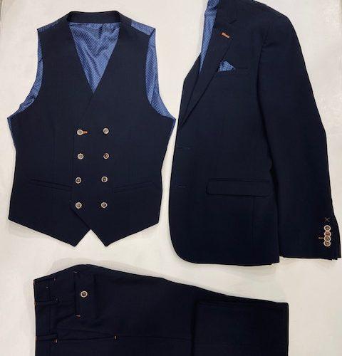 Costume 3 pièces bleu à carreaux - image thumbnail_IMG_1458-480x500 on https://gianniferrucci-tlse.fr